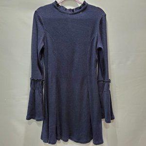 Love Riche Bell Sleeve Dress P133